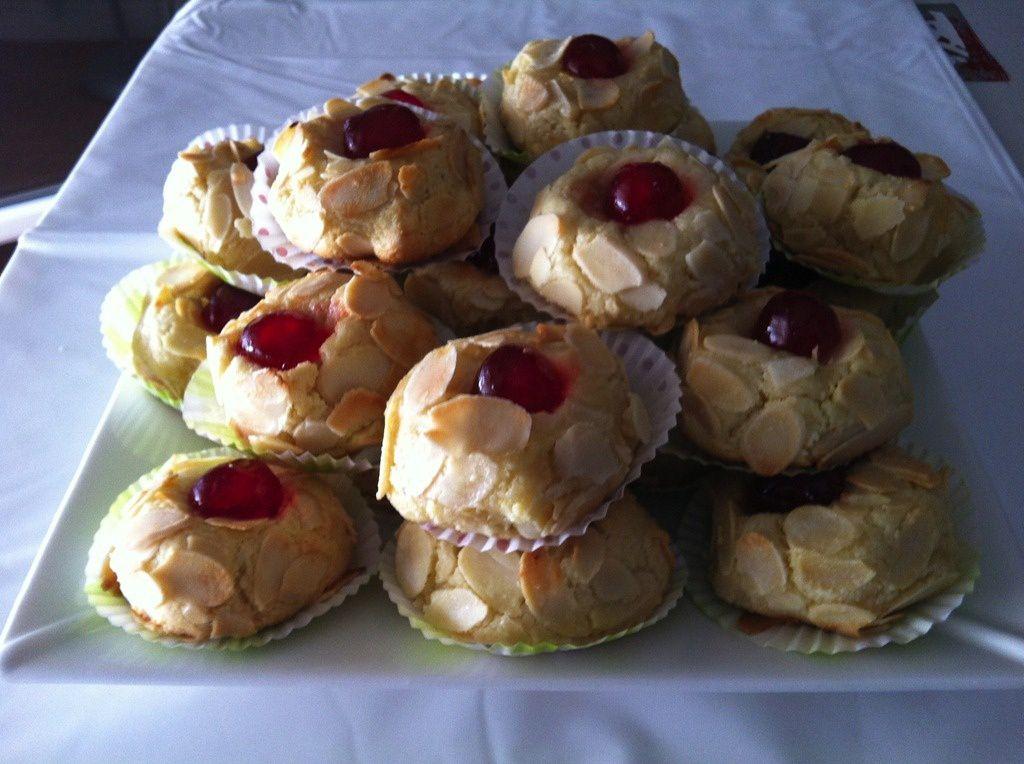 Les gateaux algeriens chez mes lecteurs blog 1 amour de for Amour de cuisine chez soulef 2012