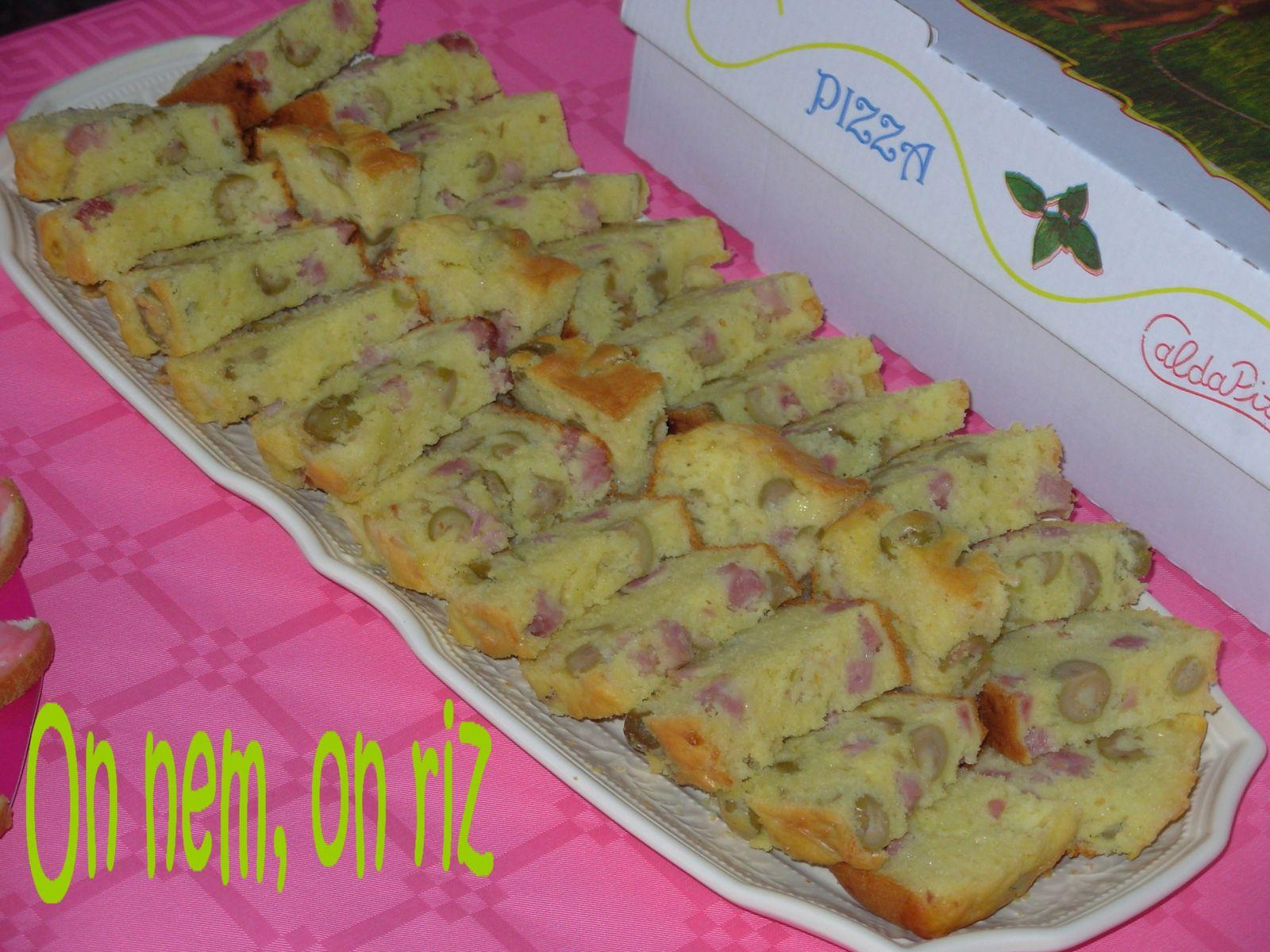 Cake Comt Ef Bf Bd Jambon Cru Olives Vertes