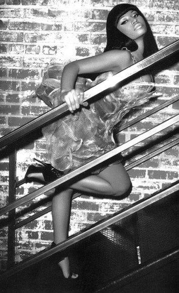 Nicki-Minaj-Black-Men-Magazine-3-355x580.jpg