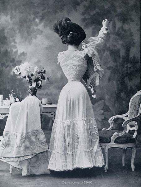 Copie de jupon et cache corset
