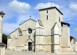 MaraisPoitevin_Coulon_eglise.jpg