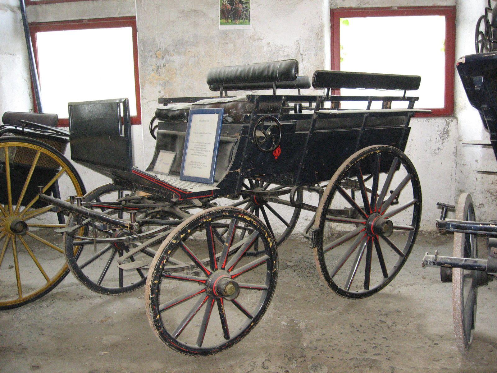 """Photos Thierry Dehaut.Vous trouverez certaines descriptions des voitures dans""""la belle époque"""" hippomobile automobile revit à Pau"""