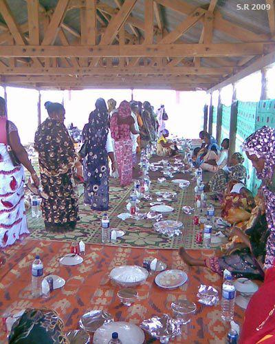 Mariage mahorais ~ le repas des femmes
