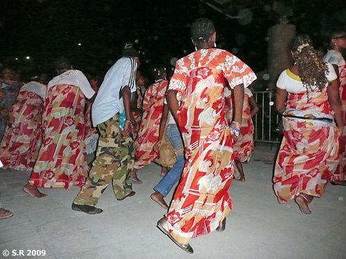 Les danses de joie des Bwénis