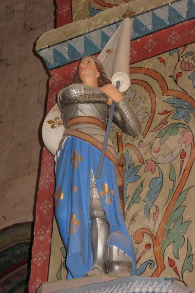 jeanne-lys-st-georges