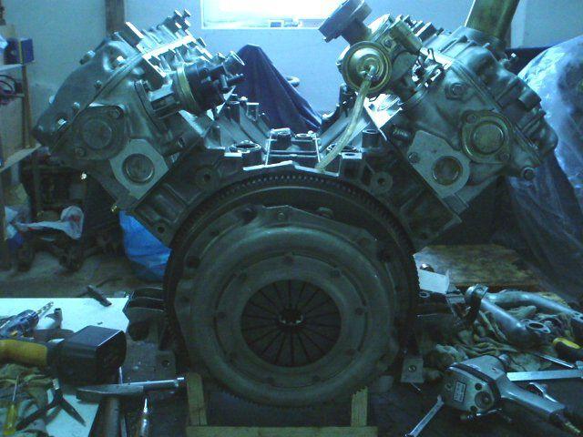 Motor, Vergaser, Getriebe, Kühlung, usw...
