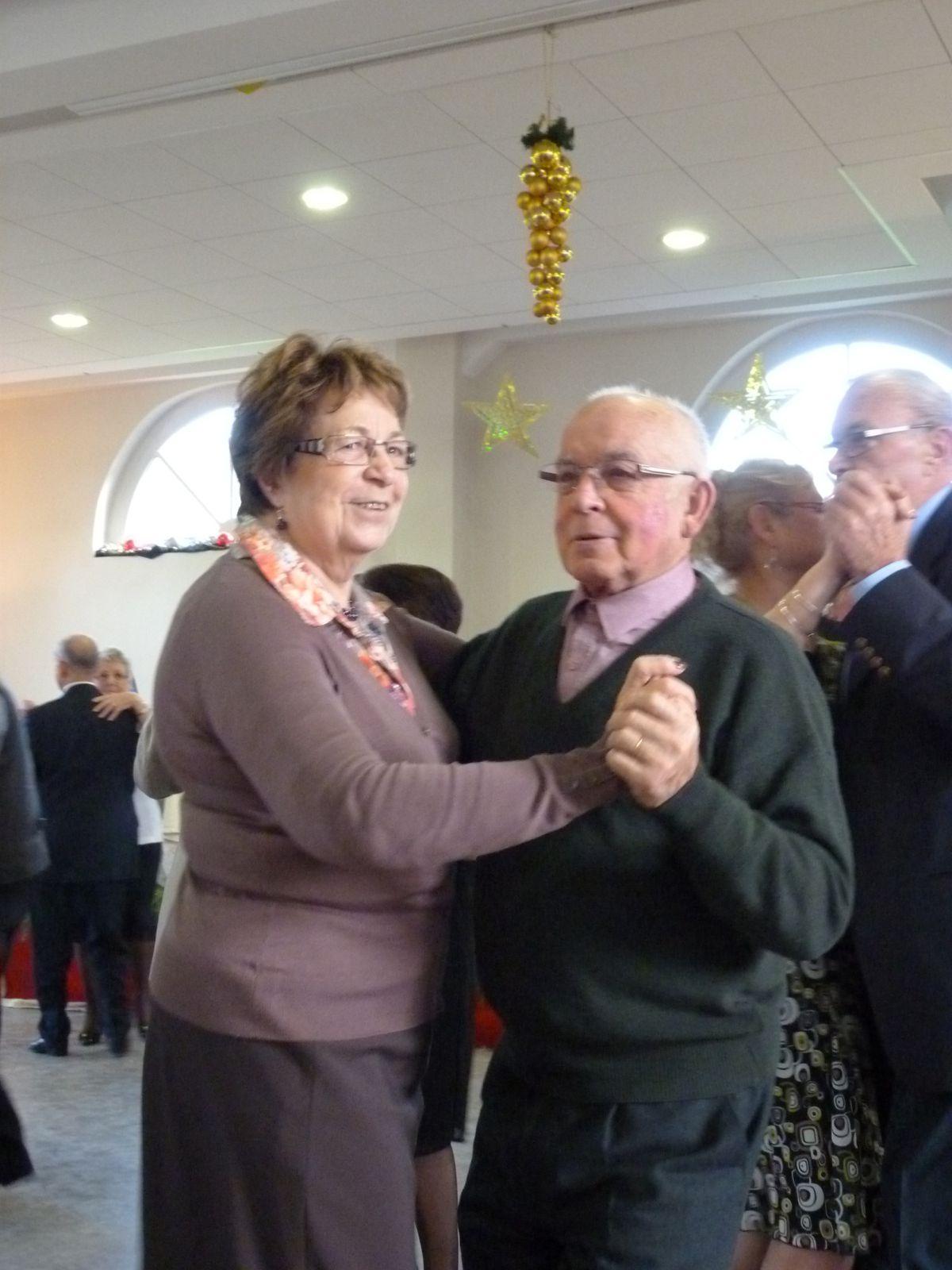 Album - Chantereine, l'Amicale des retraités de Chantereine, repas de fin d'année, 8 decembre 2013, (troisiéme partie)