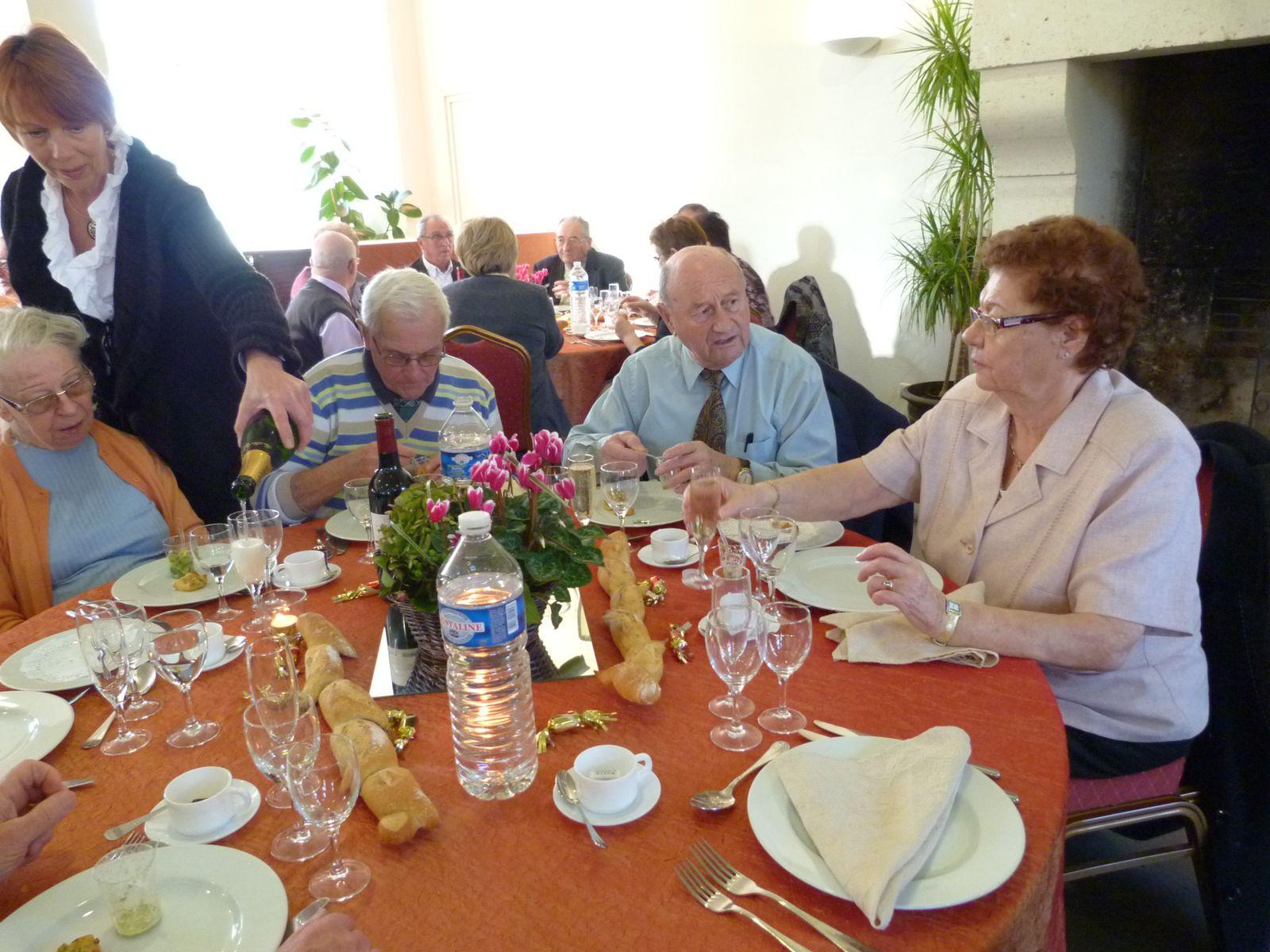 Album - Chantereine, l'Amicale des retraités de Chantereine, repas de fin d'année, 25 novembre 2012 (1ére partie)