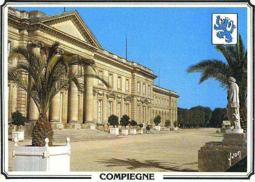 Album - la ville de Compiègne (Oise), vue générale du château et diverses photos
