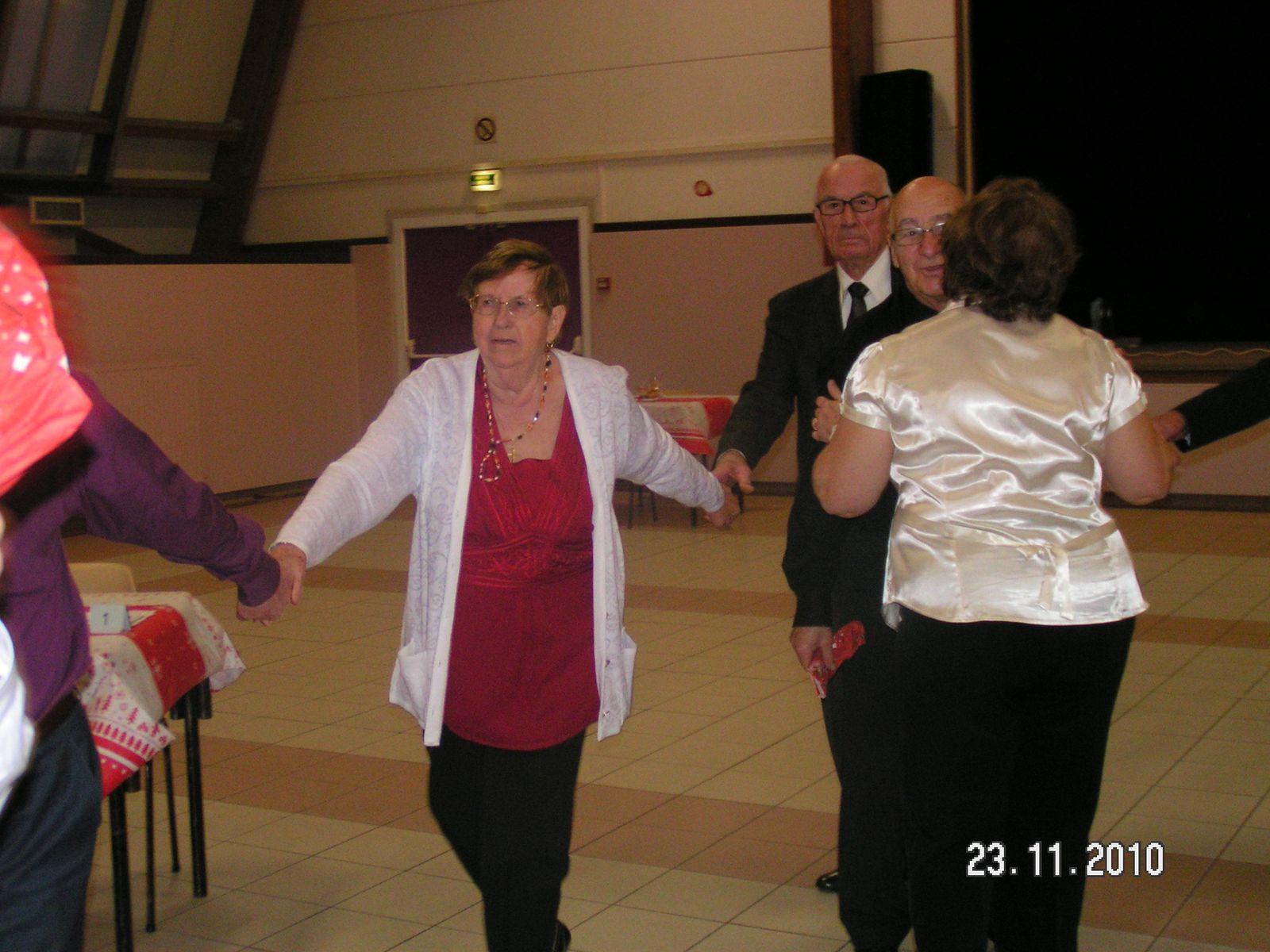Album - Chantereine, l'Amicale des retraités de Chantereine, repas de fin d'année, 23 novembre 2010