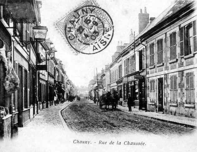 Album - la ville de Chauny (Aisne), la rue de la république et rue de la chaussée