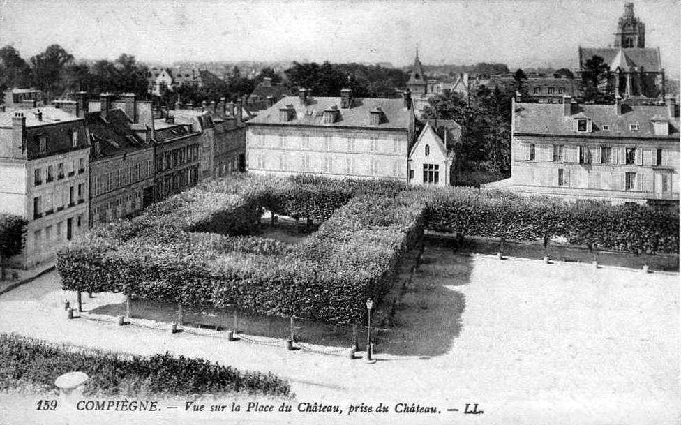 Album - la ville de Compiegne (Oise), les places