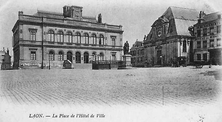 Album - la ville de Laon (Aisne), les avenues, les rues, les places