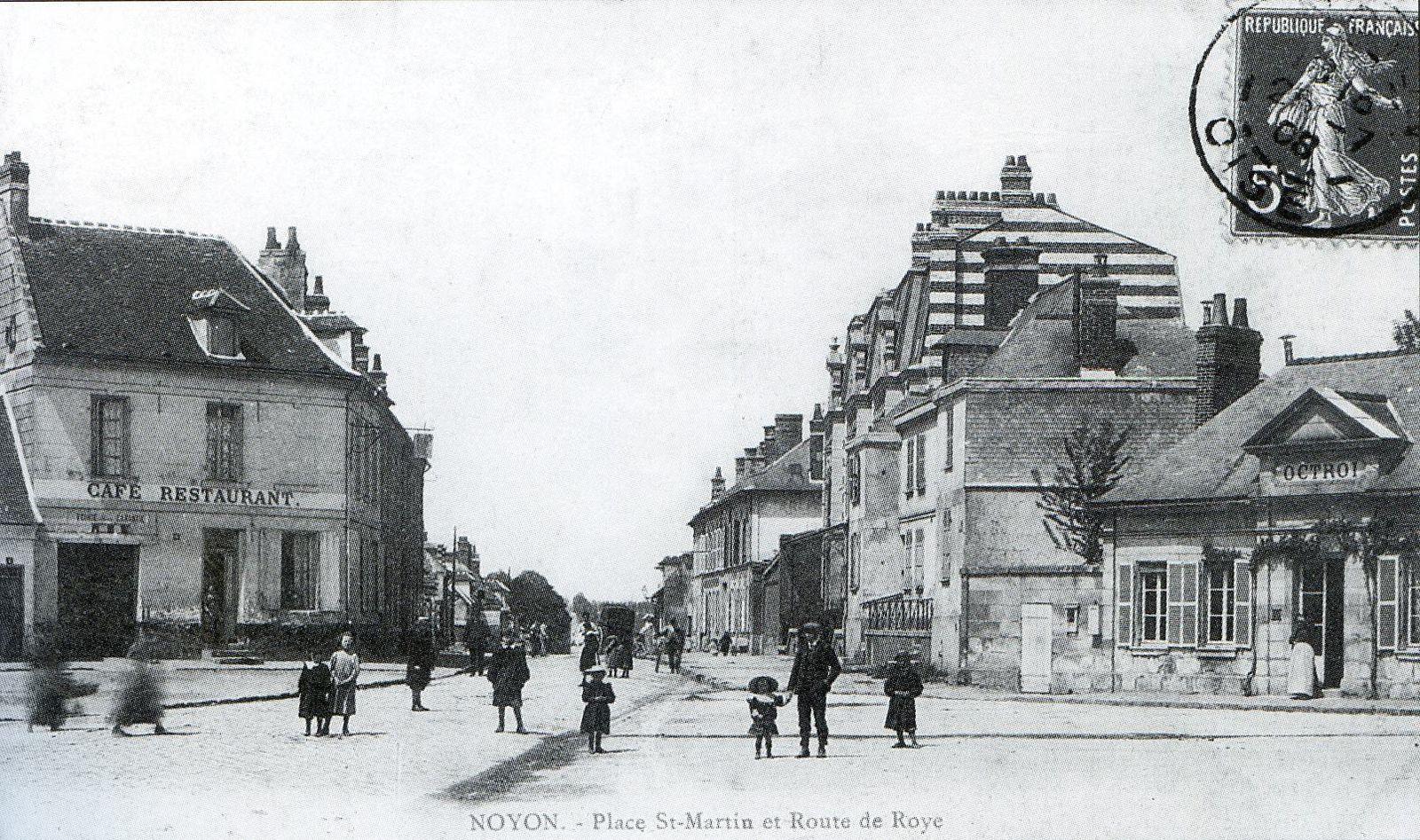 Album - la ville de Noyon (Oise), les places Saint-Martin