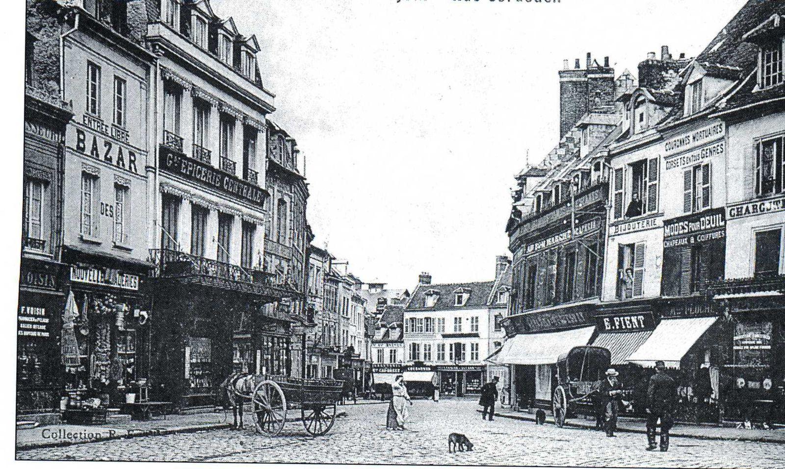 Album - la ville de Noyon (Oise), les places Cordouen