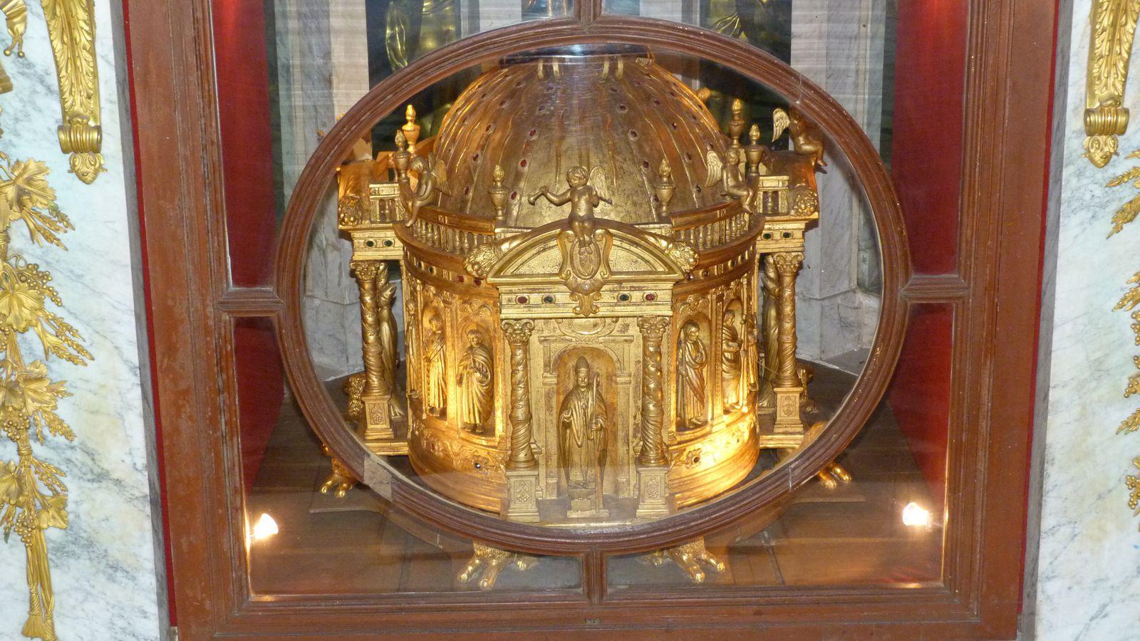 Album - la ville de Noyon (Oise), ses monuments historiques en 2014