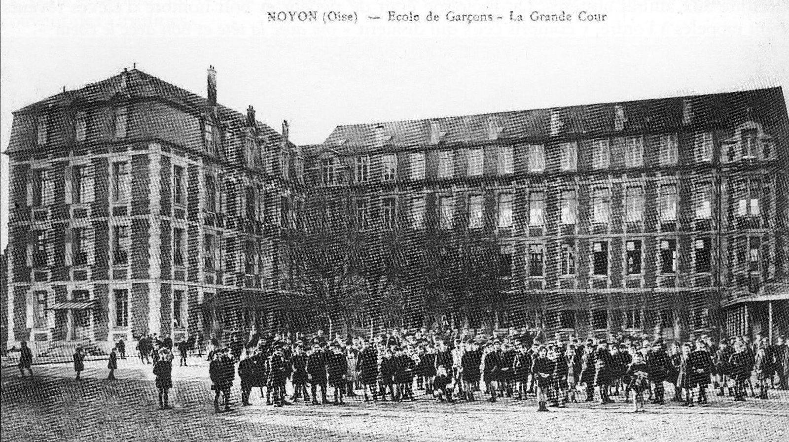 Album - la ville de Noyon (Oise), les bleuets du mont Renaud