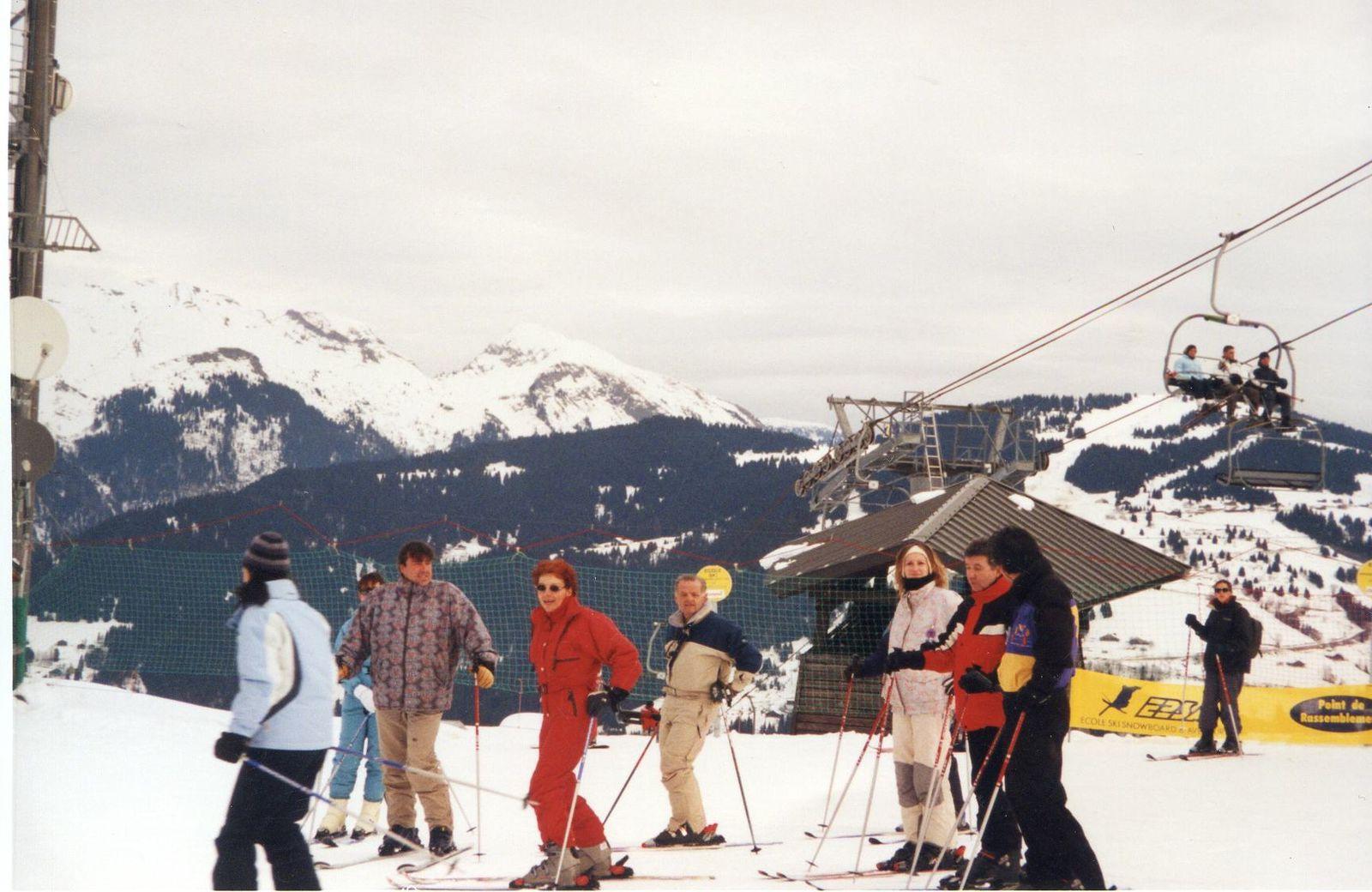 Album - Chantereine, le comité d'établissement de la Glacerie de Chantereine, ses vacances (6),les Deux Alpes, Saint-Bon, Courchevel