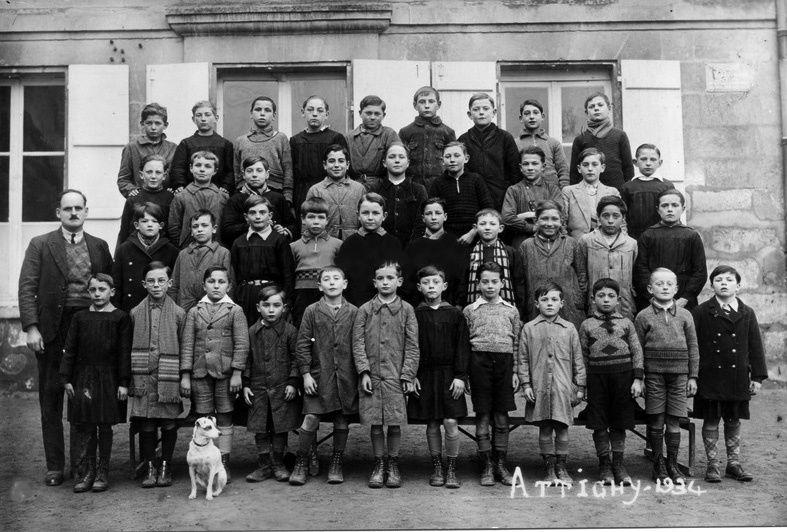 Album - le village d'Attichy (Oise), les écoles et diverses photos