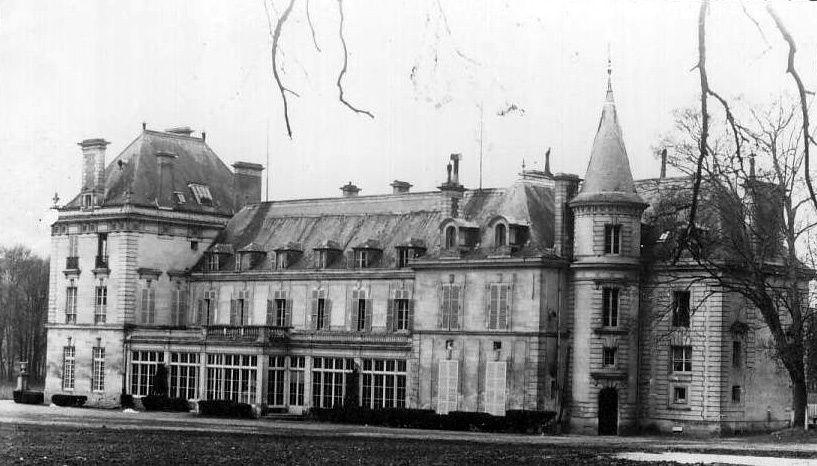 Album - le village de Berneuil-sur-Aisne, la sucrerie, le château et usine
