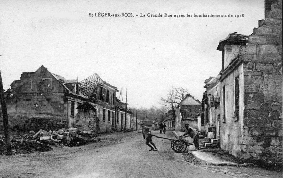 Album - le village de Saint-Leger aux Bois (Oise), l'école, les rues