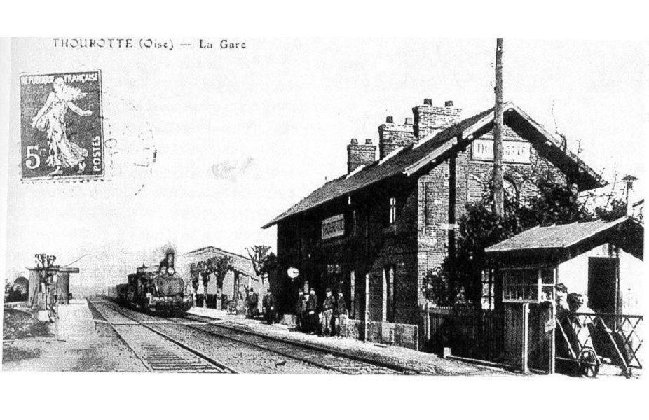 Album - le village de Thourotte (Oise), la gare