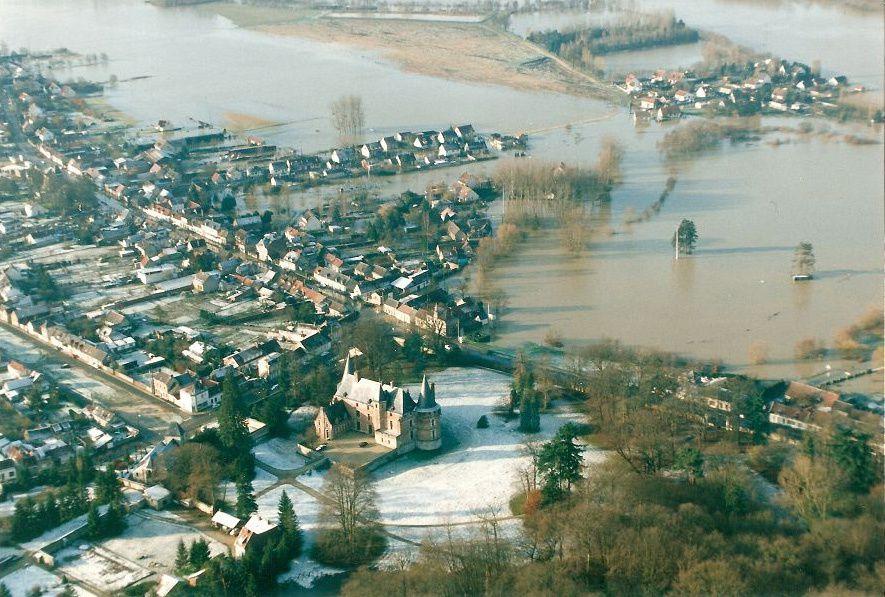 Album - le village le Plessis-Brion (Oise), la forêt, les villas, les inondations, au bord de l'Oise