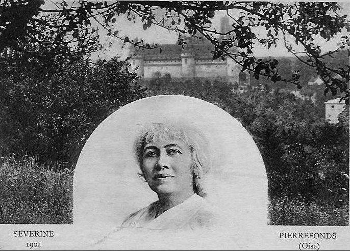 Album - le village de Pierrefonds (Oise)