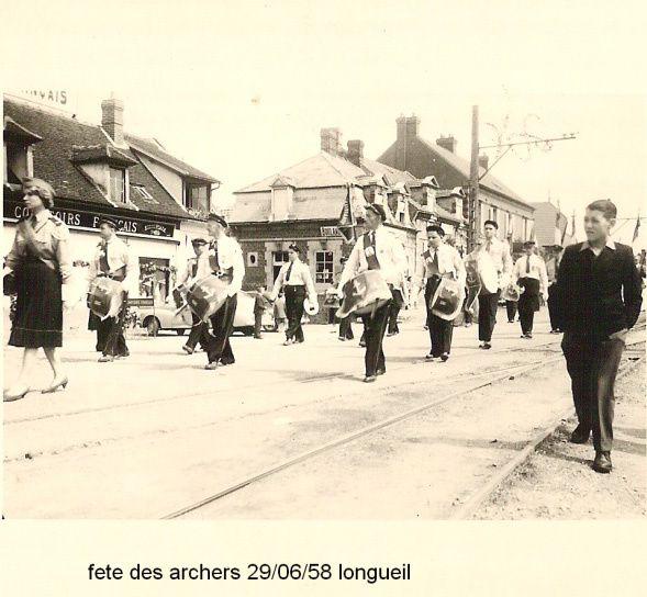 Album - le village de Longueil-Annel (Oise), les Archers, les Pompiers