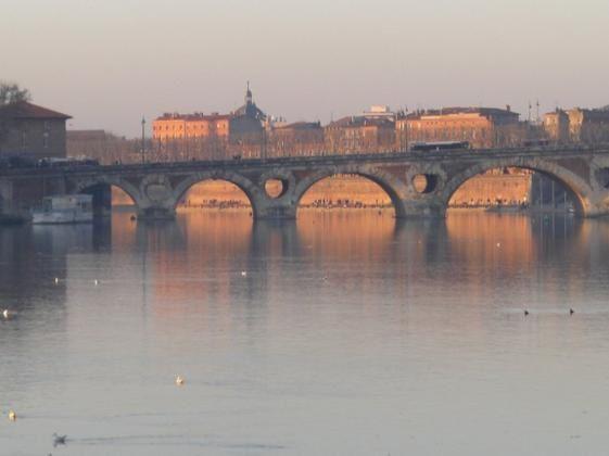 le-pont-neuf-vu-du-pont-saint-michel-moitie-192018.jpg