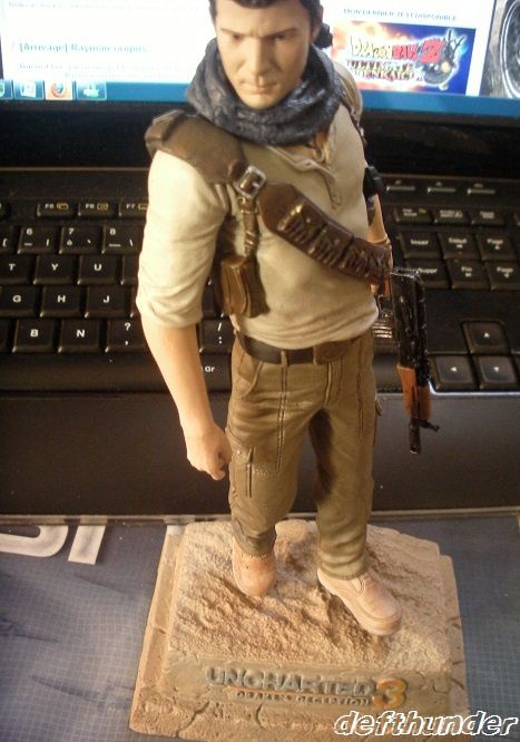 uncharted 3 exploreur fig