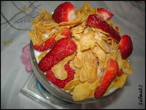 coupe de fruit cornflakes