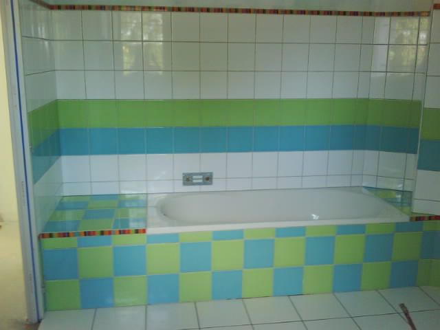 Salle de bain fa ence photos picture for Faience salle de bain nature