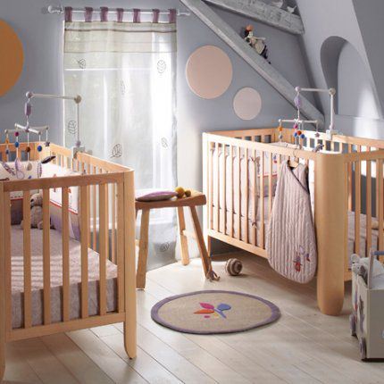Id e de d co pour chambre d 39 enfants th me twins nursery for Chambre bebe mansardee