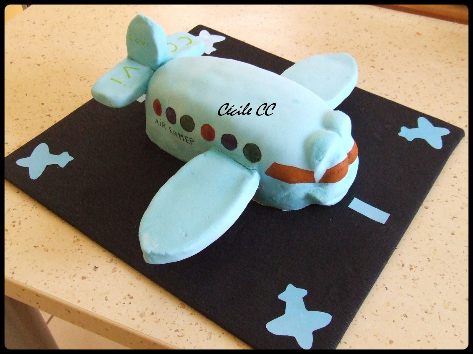 Gateau forme avion