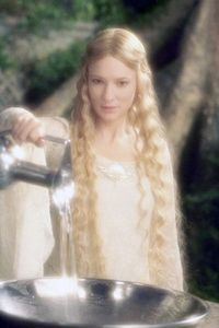 The_Hobbit_Cate_Blanchett_reprends_son_role_2-ddc5f.jpg