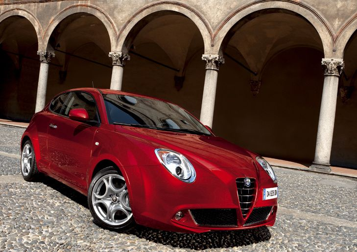 alfa romeo mito remporte le prix de la plus belle voiture de l 39 ann e. Black Bedroom Furniture Sets. Home Design Ideas