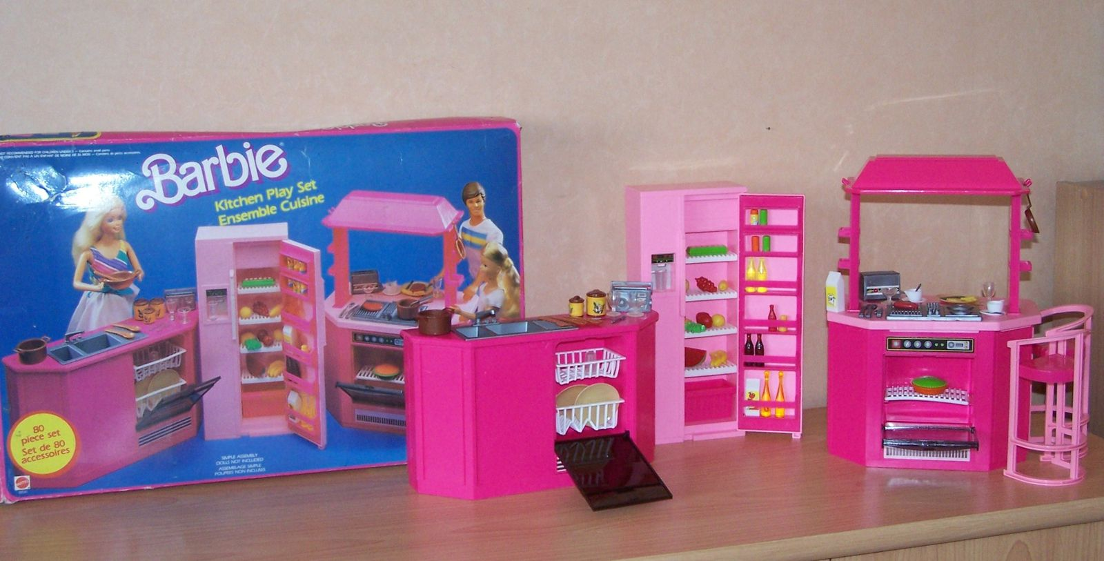 cuisine barbie de mattel. Black Bedroom Furniture Sets. Home Design Ideas