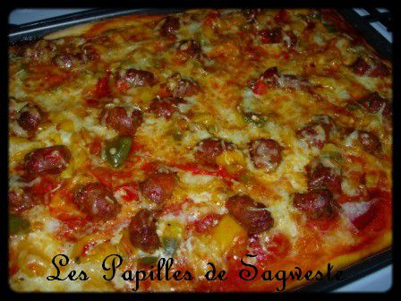recette de pizza au chorizo merguez et poivrons les papilles de sagweste. Black Bedroom Furniture Sets. Home Design Ideas