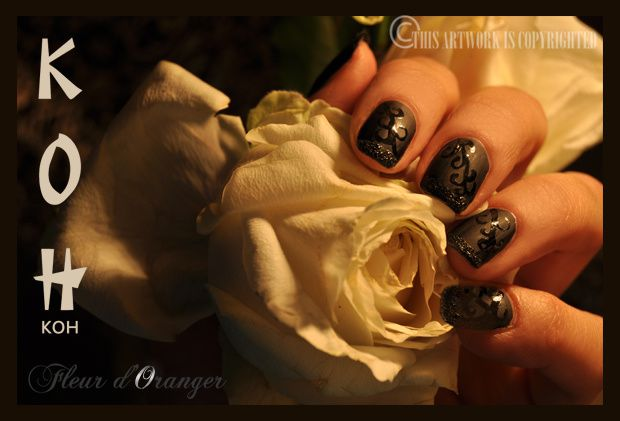 Nail-art-noir-mat-et-brillant 0241 copie