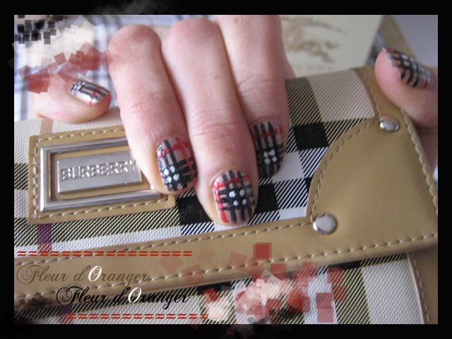 nail-art-burberry 8549 copie