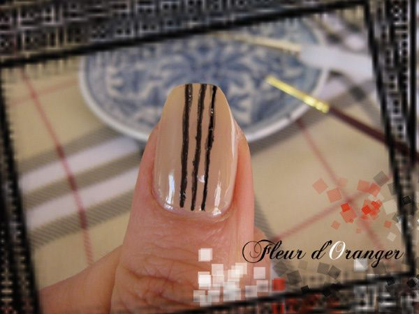 nail-art-burberry 8600 copie