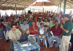 20070227233137-consejos-comunales.jpg