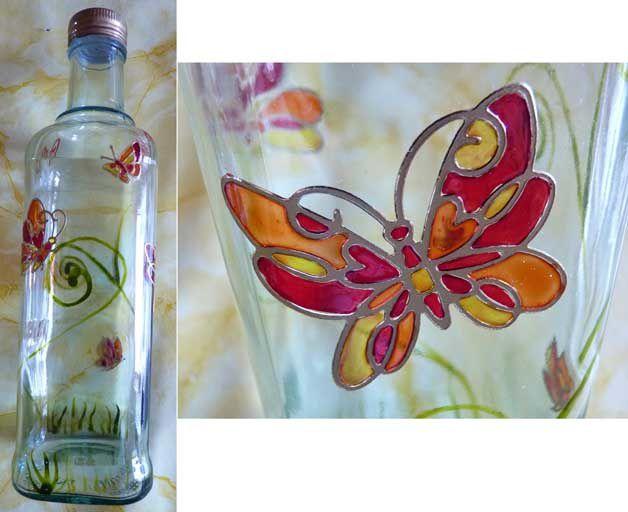Bouteille d cor e en peinture vitrail des couleurs et - Peinture sur plateau en verre ...