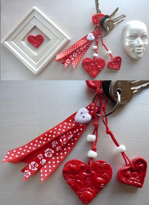 porte-clefs-rouge.jpg