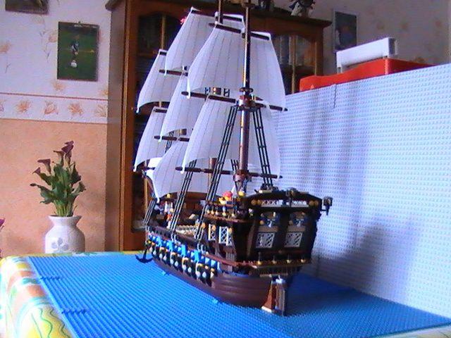 l go pirates n 10210 de 2010 mon plus beau mod le le. Black Bedroom Furniture Sets. Home Design Ideas