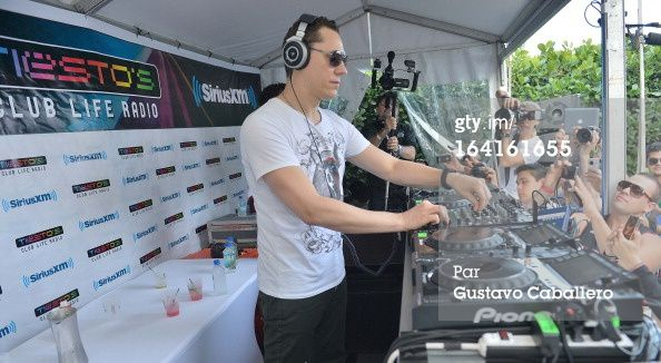 Tiësto photos - SiriusXM Celebrating one year of -copie-9