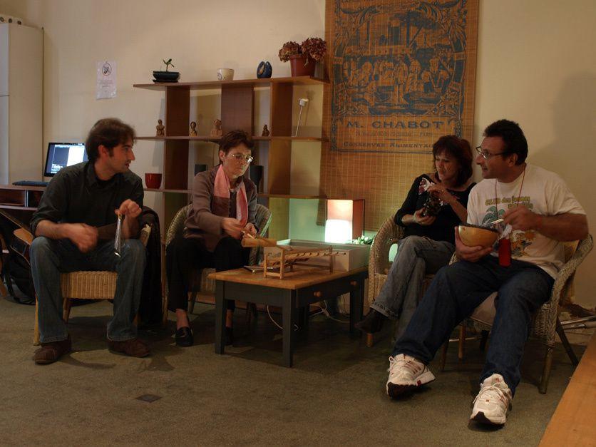 L'atelier de Nadège, musicothérapeute, au Relai Espérance le 15.05.09