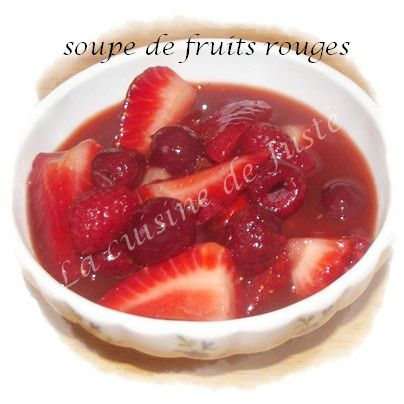 soupe-fruits-rouge3-1-1.jpg