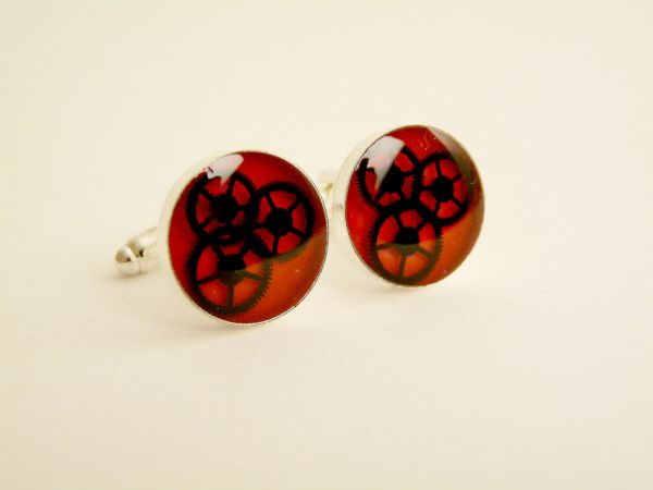 QA - Gears Cufflinks - Red